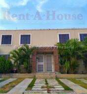 Casa En Alquileren Cabudare, Caminos De Tarabana, Venezuela, VE RAH: 22-8627