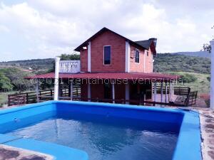 Casa En Ventaen Sierra De Falcon, Coro-Churuguara, Venezuela, VE RAH: 22-8631