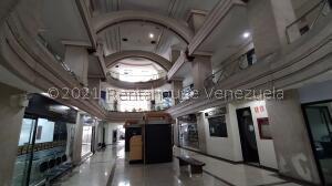 Oficina En Ventaen Barquisimeto, Zona Este, Venezuela, VE RAH: 22-8649