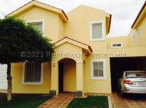 Townhouse En Ventaen Maracaibo, Avenida Milagro Norte, Venezuela, VE RAH: 22-8650
