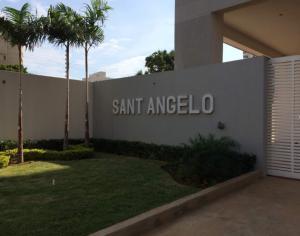 Apartamento En Ventaen Maracaibo, La Lago, Venezuela, VE RAH: 22-8671
