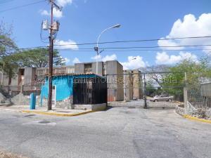 Apartamento En Ventaen Cabudare, La Mora, Venezuela, VE RAH: 22-8690