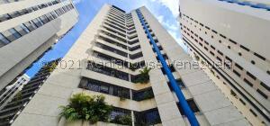 Apartamento En Alquileren Caracas, El Cigarral, Venezuela, VE RAH: 22-8717