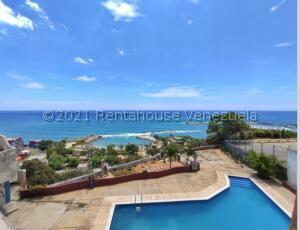 Apartamento En Ventaen Catia La Mar, Playa Grande, Venezuela, VE RAH: 22-8719