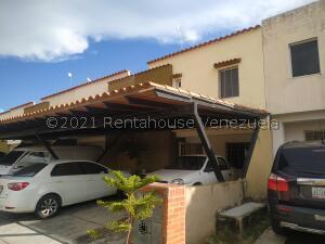 Townhouse En Ventaen Municipio San Diego, Sabana Del Medio, Venezuela, VE RAH: 22-2713