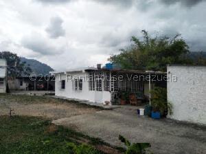 Casa En Ventaen Carvajal, Terrazas De Carvajal, Venezuela, VE RAH: 22-8721
