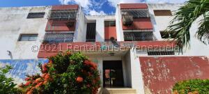 Apartamento En Ventaen Maracaibo, Cecilio Acosta, Venezuela, VE RAH: 22-8745