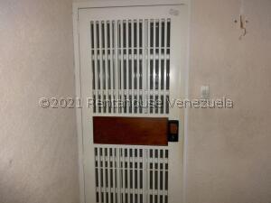 Apartamento En Alquileren Maracaibo, Tierra Negra, Venezuela, VE RAH: 22-8775