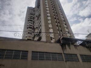 Apartamento En Ventaen Caracas, Parroquia La Candelaria, Venezuela, VE RAH: 22-8791
