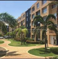 Apartamento En Ventaen Lecheria, Av Americo Vespucio, Venezuela, VE RAH: 22-8786