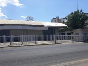 Galpon - Deposito En Alquileren Cabimas, Calle Chile, Venezuela, VE RAH: 22-8787