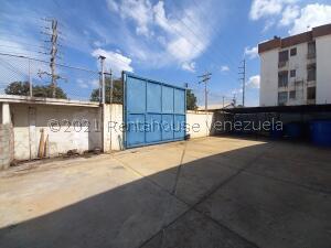 Galpon - Deposito En Ventaen Maracaibo, Avenida Goajira, Venezuela, VE RAH: 22-8872