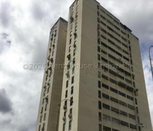 Apartamento En Ventaen Valencia, Los Nisperos, Venezuela, VE RAH: 22-8806