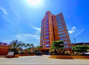 Apartamento En Alquileren Maracaibo, Avenida El Milagro, Venezuela, VE RAH: 22-8884