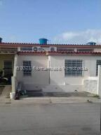 Casa En Ventaen Cabudare, El Amanecer, Venezuela, VE RAH: 22-8846