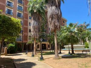 Apartamento En Ventaen Maracaibo, La Paragua, Venezuela, VE RAH: 22-8886