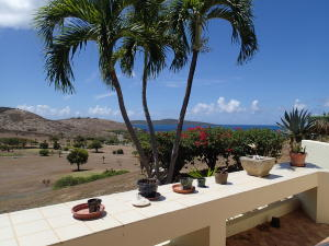 #129 The Reef - great view & private location