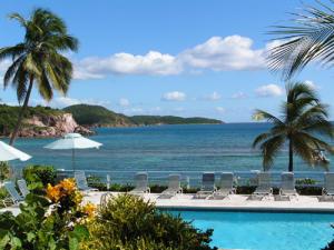 Best Location at Bolongo Beach! Prime oceanfront!!! Beautiful blue ocean views at Bolongo beach!