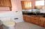 Granite countertops and tub/shower combo