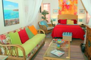Bedroom windows for cooling cross breezes