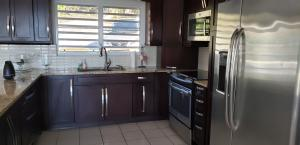 Executive 4BR Fully Furnished Includes Wi-Fi