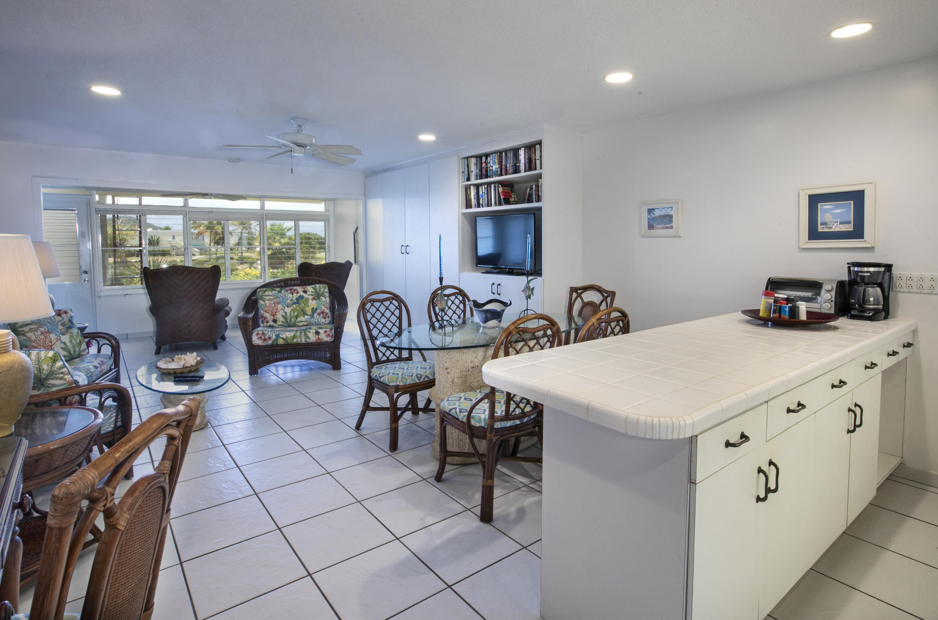 RE/MAX real estate, US Virgin Islands, Smithfield, New Listing  Condominiums  Smith Bay EE