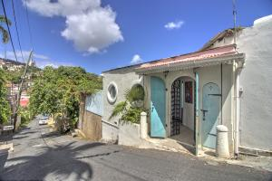 9-1 Crystal Gade, St. Thomas,