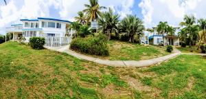 3-D & 3-E St. John QU, St. Croix,