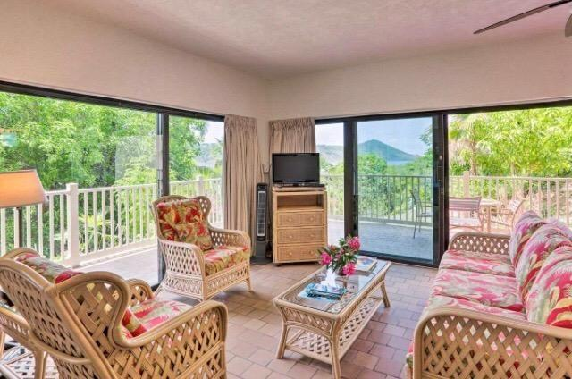 RE/MAX real estate, US Virgin Islands, Smithfield, New Listing  Condo Rental  Smith Bay EE