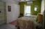 GUEST BEDROOM 4 - CLOSET VIEW