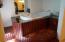 9 ESTATE SLOB - MAIN BATHROOM