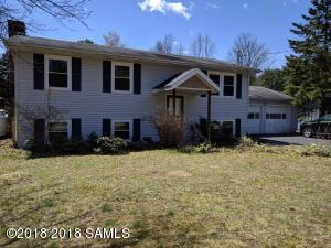 10 Forest Lane, Queensbury, NY 12804