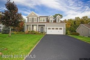 19 Quince Court, Clifton Park, NY 12065