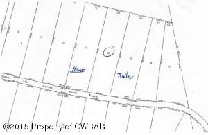 12 Meadow Run Rd, Bear Creek, PA 18602