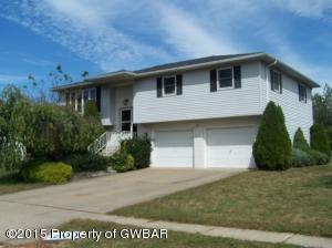 228 Cannery Dr, Larksville, PA 18704