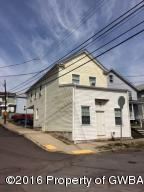 477 W SHAWNEE AVE, Plymouth, PA 18651