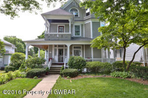 37 Montgomery Ave, West Pittston, PA 18643