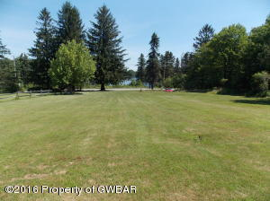 100B Thornhurst Rd, Bear Creek, PA 18702