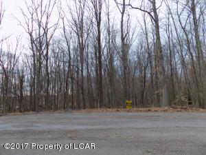6B Oak Rd, White Haven, PA 18661