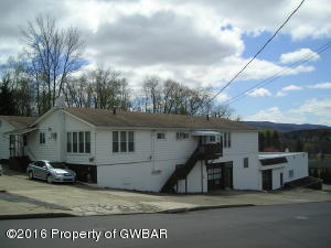 195 W Grand Street, Nanticoke, PA 18634