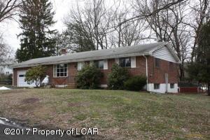 10 Elm St, Wapwallopen, PA 18660