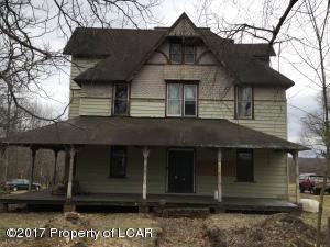 9 Main Street, Freeland, PA 18224