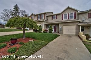 1113 sunset Dr, Pittston, PA 18640