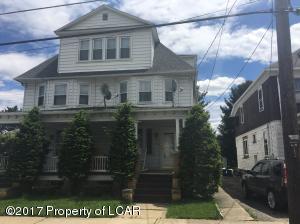 194 Lyndwood Avenue, Hanover Township, PA 18706