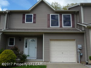 1114 Sunset Dr, Pittston, PA 18640