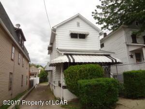 116 Elk St, Hanover Township, PA 18706-5908