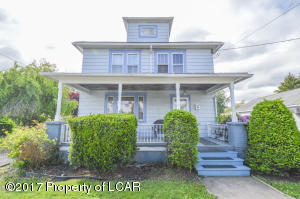 216 Lyndwood Ave, Hanover Township, PA 18706