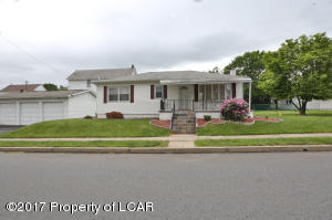 1035 CHARLES ST, Wilkes-Barre, PA 18702