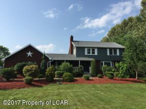 93 Middle Rd, Drums, PA 18222
