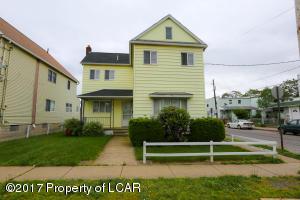 817 Scott St, Wilkes-Barre, PA 18705